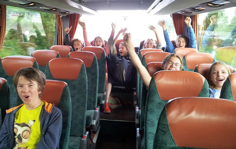 Die Konfis aus Feldafing-Pöcking auf dem Weg zum KonfiCamp in Wittenberg